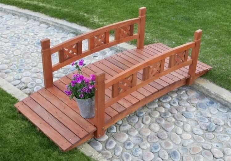 Puente de madera para jardin
