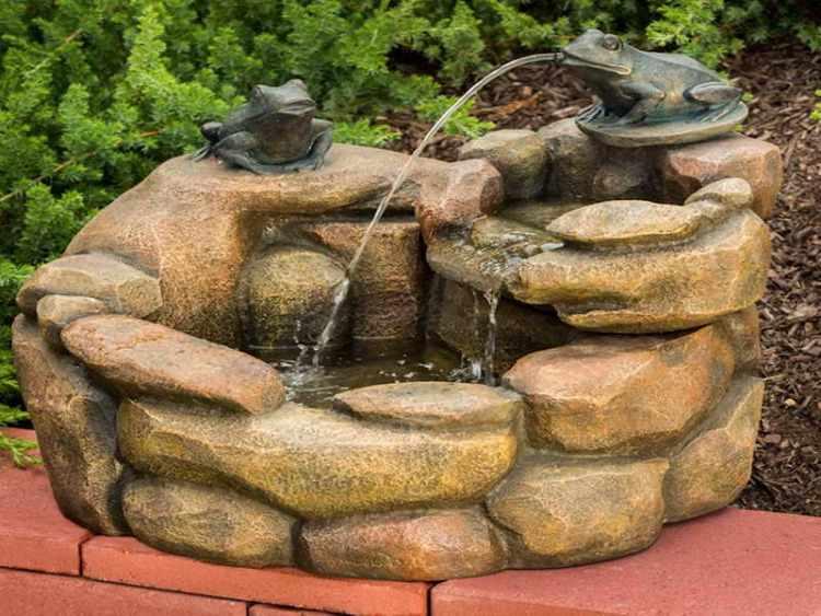 jardines pequeños con fuentes de agua