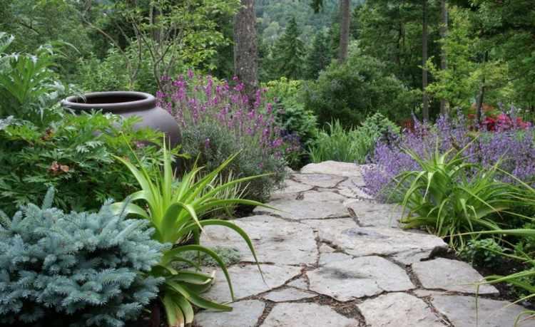 jardines rusticos con piedras